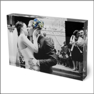 photos on canvas photo framing and custom picture framing
